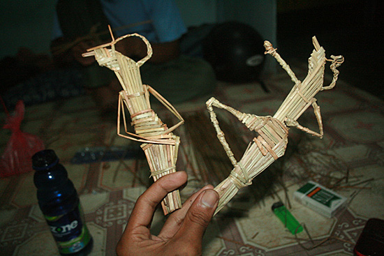 Figure 3: Wayang Suket or Grass Puppets (Photo courtesy of Ketjilbergerak)